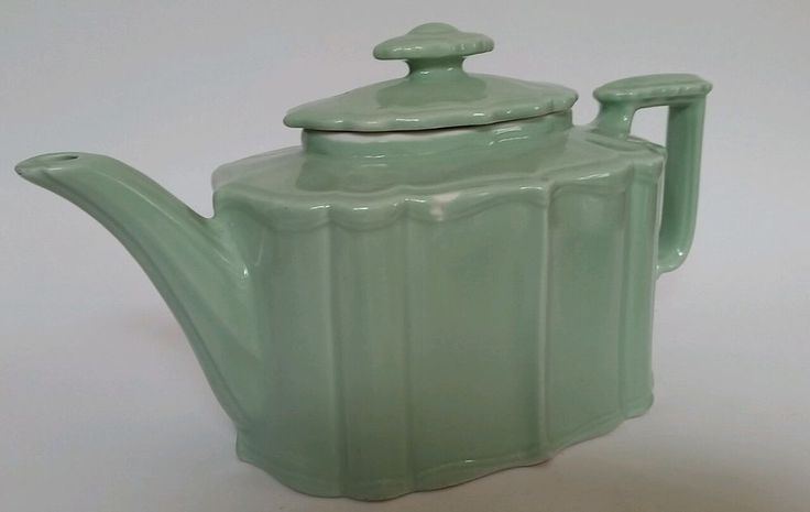 HALL CHINA Vintage 1940's Benjamin Celadon Light Green Teapot USA Art Deco #Hall