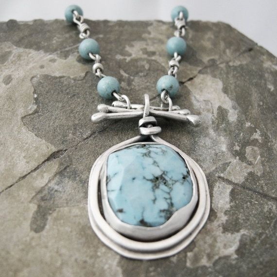 Sterling Silver and Turquoise Cabochon Necklace.