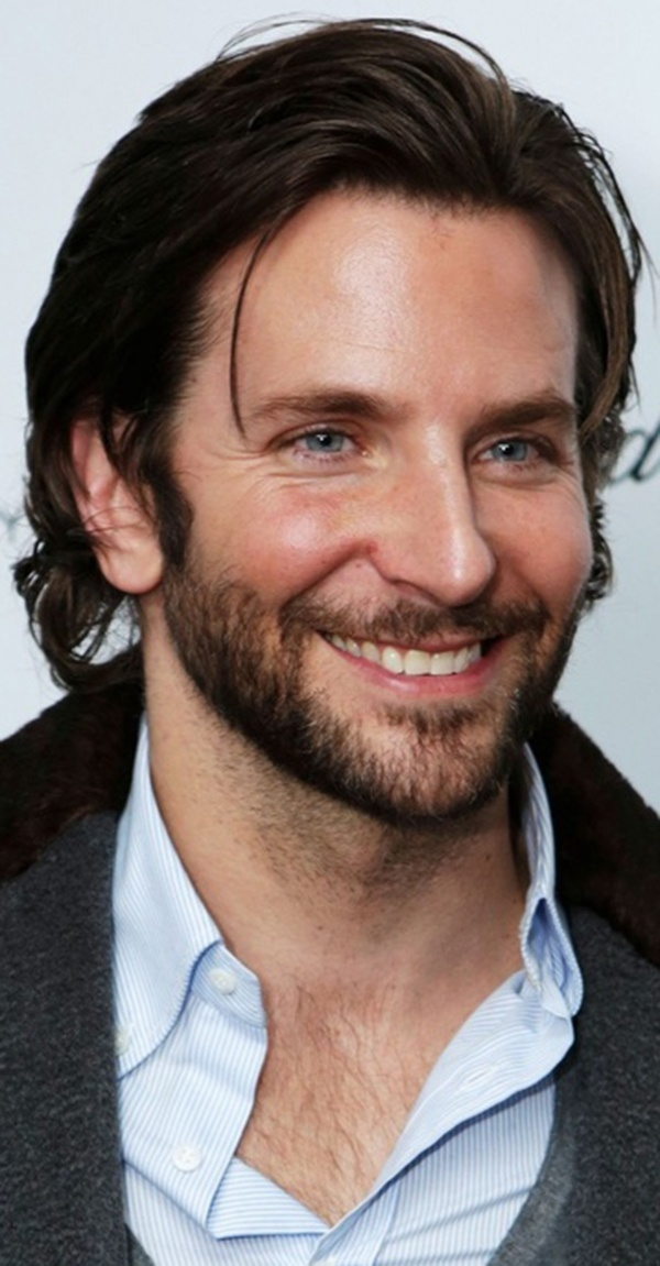 Bradley Cooper, imagine with red hair. Could be the perfect Jamie Fraser.