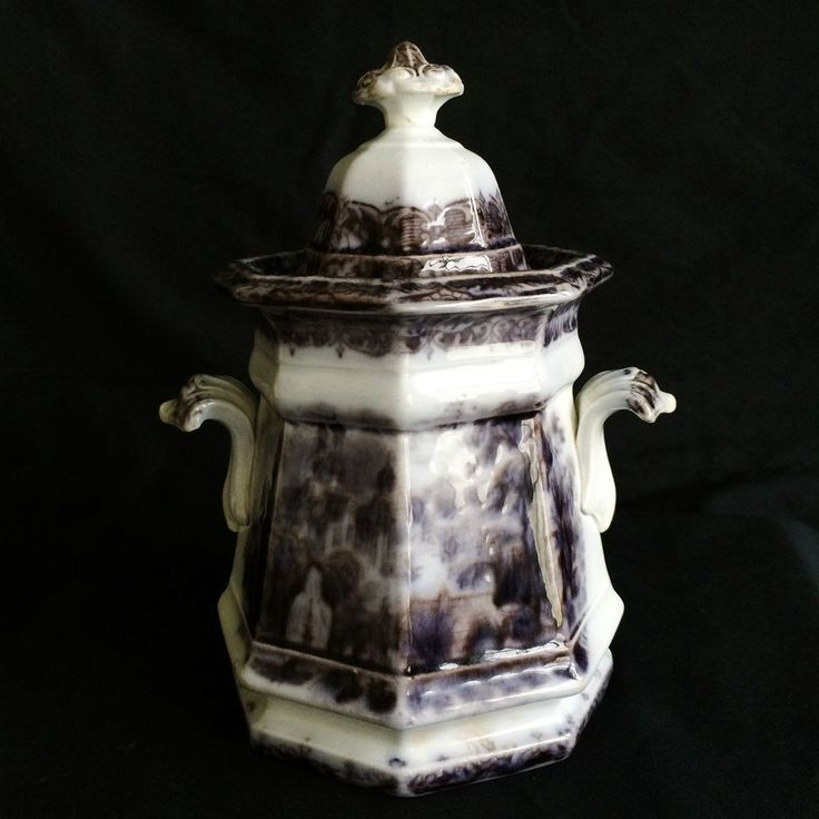 BEAUTIFUL J WEDGWOOD 19TH CENTURY FLOW PURPLE PERUVIAN IRONSTONE LIDDED URN JAR