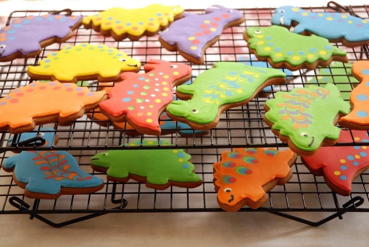 Must get dinosaur cookies cutters ASAP!