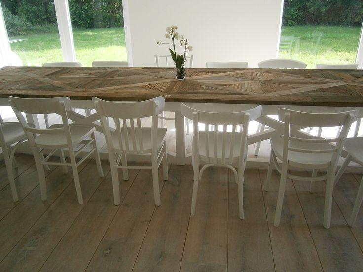 36 beste afbeeldingen over tafels oud is nieuw op for Tweedehands tafels en stoelen