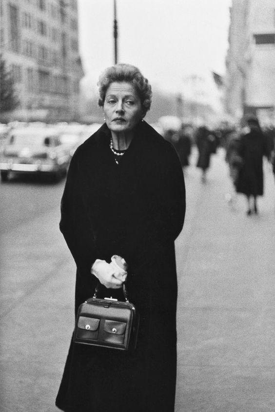 Diane Arbus, Woman on Street