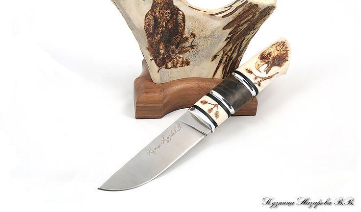 Нож Беркут 2 Х12МФ кость на подставке авт.