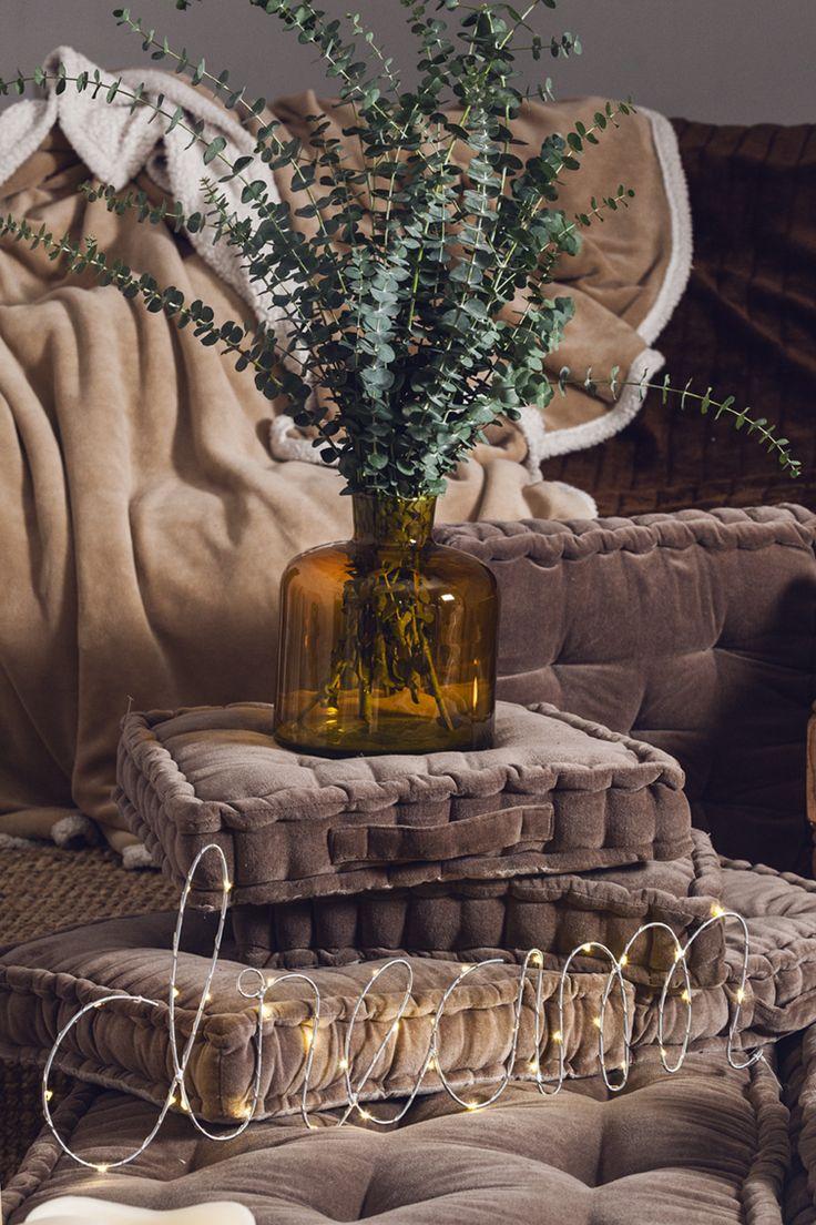 Textiles, cristal, botánica e iluminación. La combinación perfecta para crear ambientes especialmente hygge #muymucho #hygge #textil #dream #cristal #color #invierno #otoño #letras #led