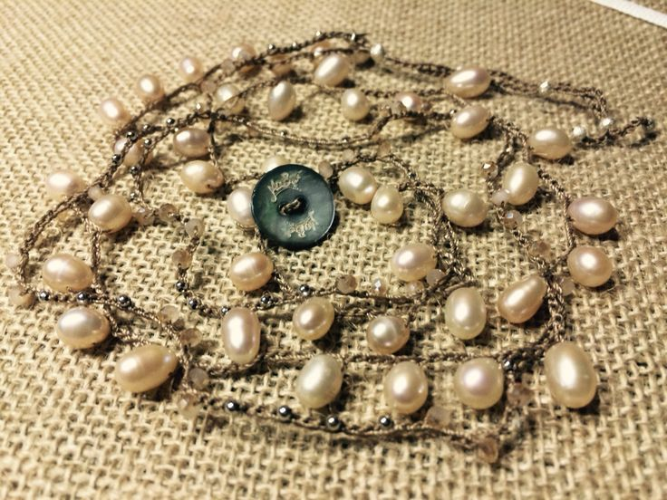 Bracciale Kerala con gocce di perle di Fiume champagne
