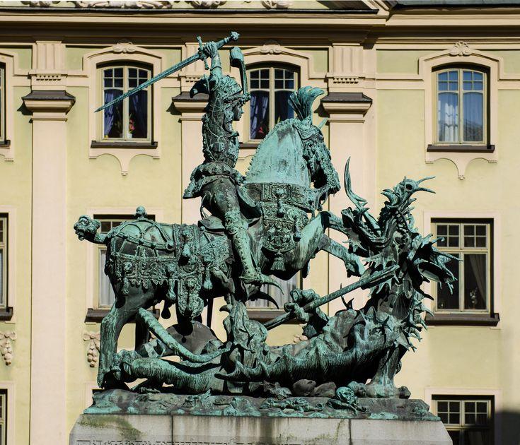 Saint_George_and_the_Dragon_2012.jpg (3808×3264)