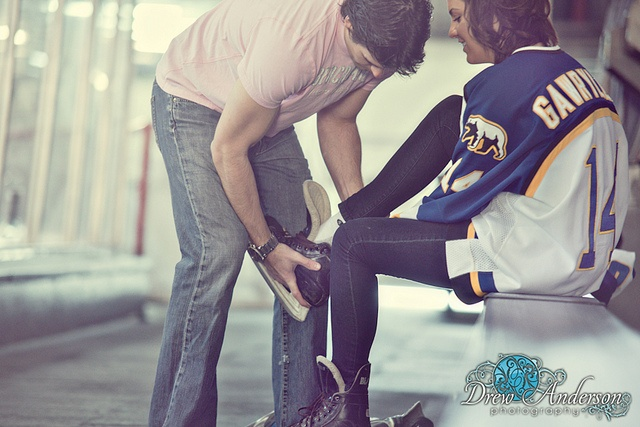 Hockey Engagement Photo ideas.. if i marry a pro hockey player, these would be sooo perff