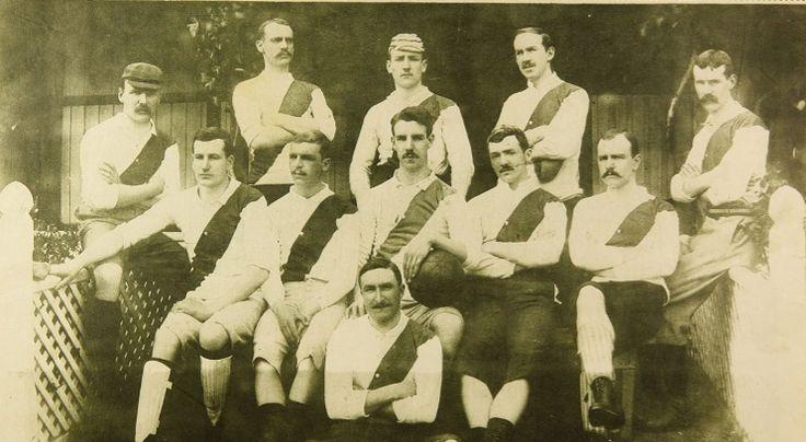 El Valparaíso Football Club, conocido también como el Old Valparaíso, es un extinto club de fútbol chileno. Si bien fue fundado de manera oficial el 10 de abril de 1892, la institución tuvo sus orígenes en 1889, año en que un grupo de inmigrantes ingleses, encabezados por el periodista David N. Scott, decidieron formar un equipo para reunir al creciente número de aficionados en el país. Constituye el club de fútbol más antiguo del que se tenga conocimiento en Chile.