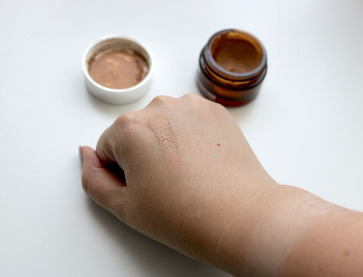 IT Cosmetics Bye Bye Redness - color correcting cream that looks like foundation