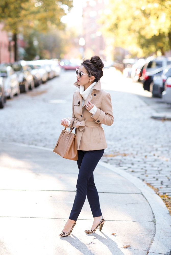 Short wool jacket + turtleneck sweater + navy pants + leopard print heels