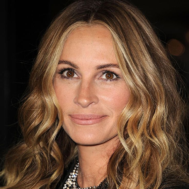 4. Sun-Kissed Ombré: Julia Roberts