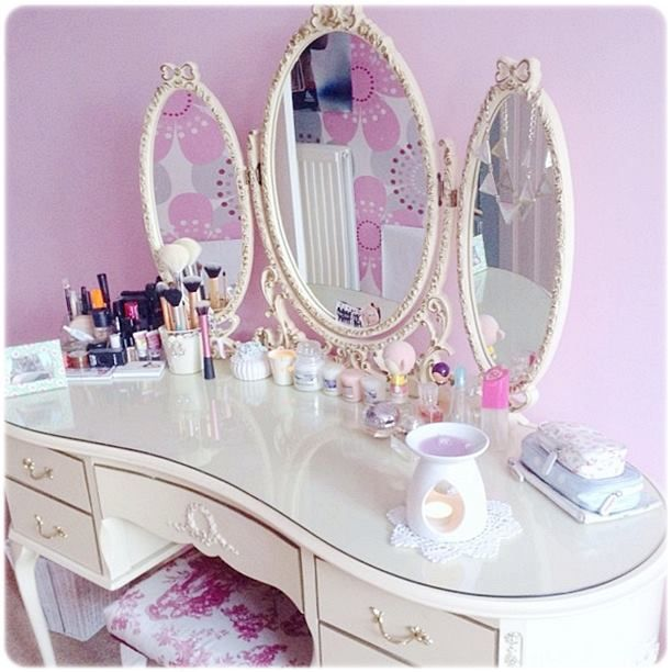 Best Makeup Vanity Decor Ideas On Pinterest Makeup Room
