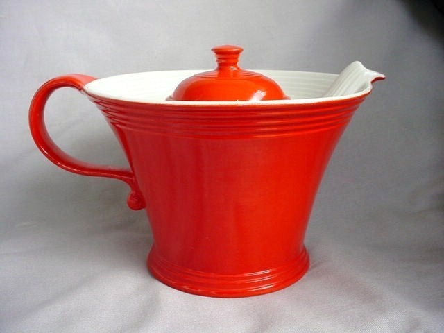 Hall Melody Teapot ~ Found One In Yellow At An Estate Sale Off!