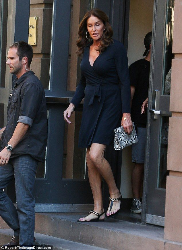 Caitlyn Jenner dons blue dress to visit the LGBT center in NYC