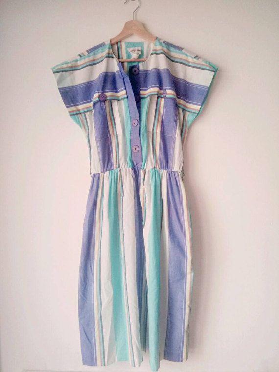 Guarda questo articolo nel mio negozio Etsy https://www.etsy.com/it/listing/513856855/strisce-di-cotone-vintage-dress