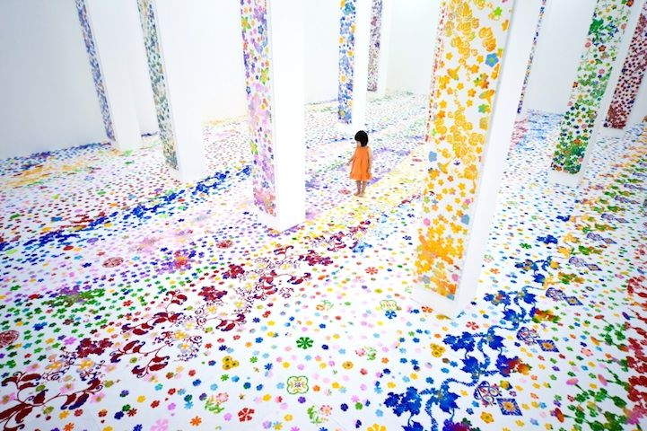 Japanese artist Shinji Ohmaki just sent us these photos of his latest installation at the Singapore Art Museum. Known for bringing bare white rooms to life with his use of pigments and stencils, Ohmaki worked with a team, over the course of 10 days, to create this colorful wonderland. Called Echoes-Infinity-The Forest, the installation opened on May 18 and is being exhibited until August 12.