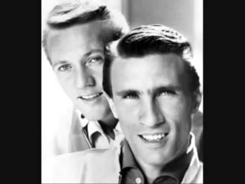 Rock And Roll Heaven - Righteous Brothers 1974 Remembering Bobby Hatfield Born August 10, 1940 BIRTHPLACE Wisconsin DEATH DATE Nov 5, 2003 (age 63)