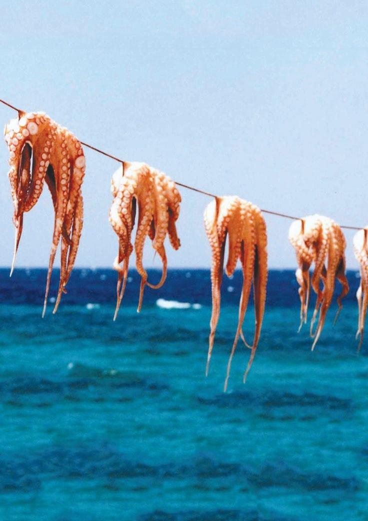 Dinner in Mykonos, Greek Islands. Photo by Nicole Furlong