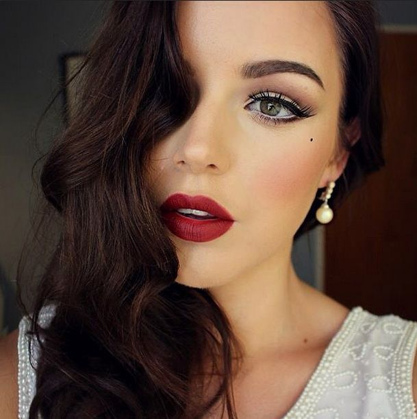 Create An Old Hollywood Beauty Look With This Makeup Tutorial - From Real Style :: @realstyle | Glamour Shots