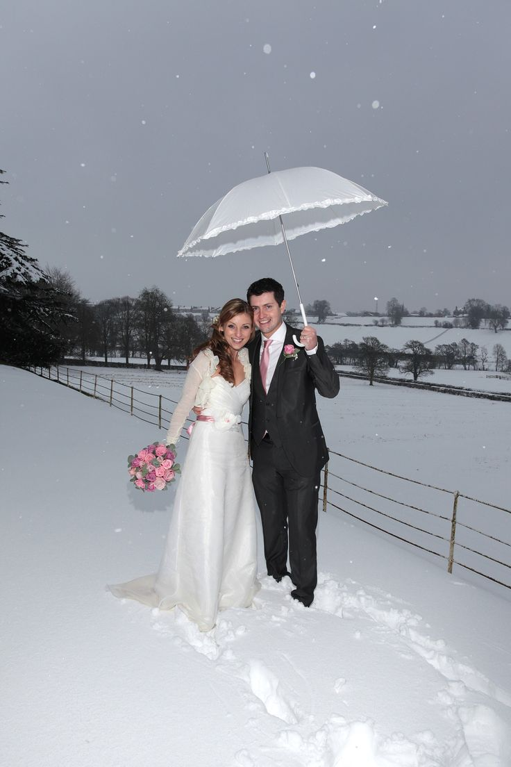 Heavens, look at that snow. But Nadia had a lovely man and a Makepiece shrug to keep her snug.