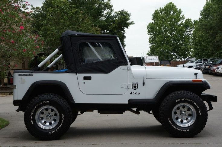 1990 White Jeep Wrangler YJ! Customize them to your liking or get one already done! http://www.selectjeeps.com/inventory/view/9213615/1990-Jeep-Wrangler-2dr-%22S%22-League-City-TX
