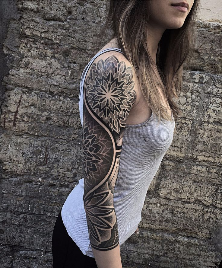 Want A Wrist Tattoo Check These Bold Designs And Their: Best 25+ Sexy Female Tattoos Ideas On Pinterest