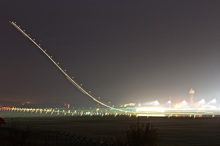 #plane #airplane #airportgdansk #gdansk #planespotting #takeoff #lights / photo: Łukasz Wawrzyniak