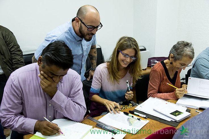 Imágenes del Curso Profesional de Diseño y Construcción de Muros Verdes de Paisajismo Urbano realizado en octubre de 2015.
