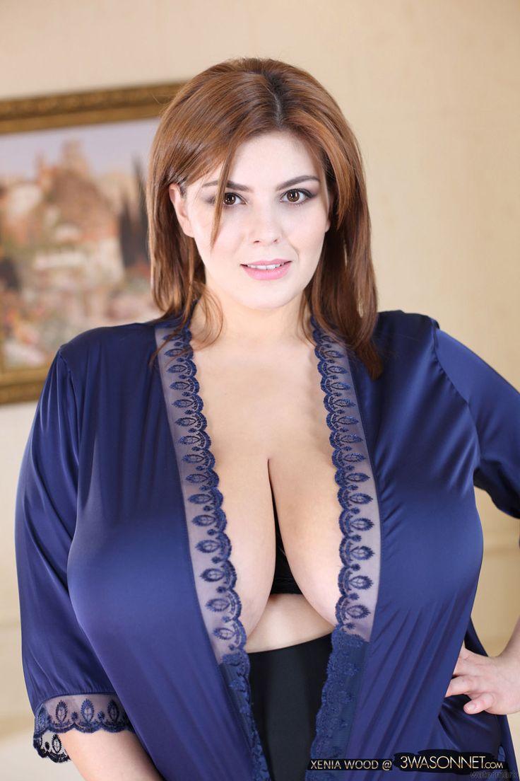 Nice milf with purple panties before the mirror