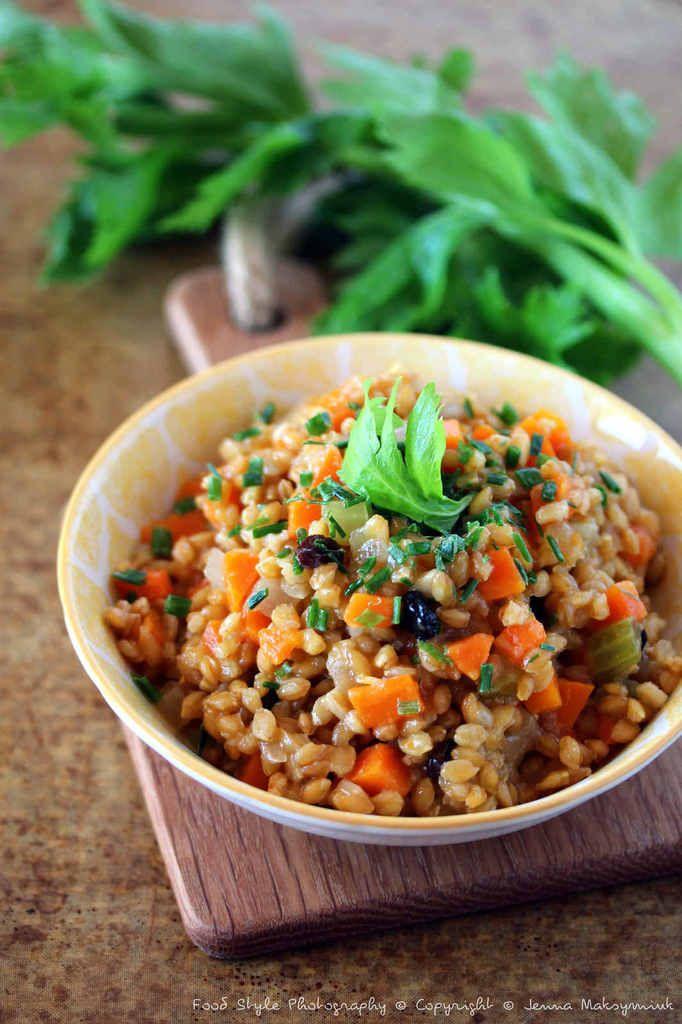Petit Épautre à la Brunoise de Légumes cuit en Cocotte | bistrot de Jenna Food Style Photography © Copyright © Jenna Maksymiuk