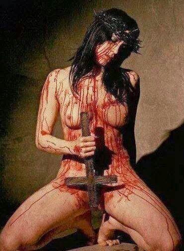 hot bloody naked girls