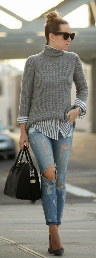 GOWANUS - cozy sweater with stripes shirt and destroyed blue jeans, black leather handbag with nude pumps / Brooklyn Blonde
