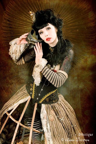 love the cage crinoline: Steampunk Fashion, Costumes Inspiration, Steam Punk, Cages Skirts, Steampunk Inspiration, Steampunk Girls, Masquerades, Steampunk Outfits, Fashion Shoots