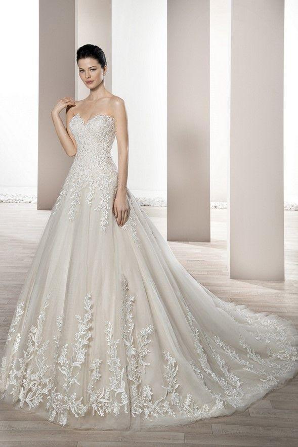 Νυφικά Φορέματα Demetrios 2017 Collection - Style 672