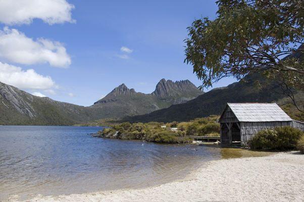 Soak up the scenery at beautiful Cradle Mountain in Tasmania