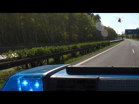 Polizei sperrt Autobahn für Rettungshubschrauber nach Unfall | POV GoPro...