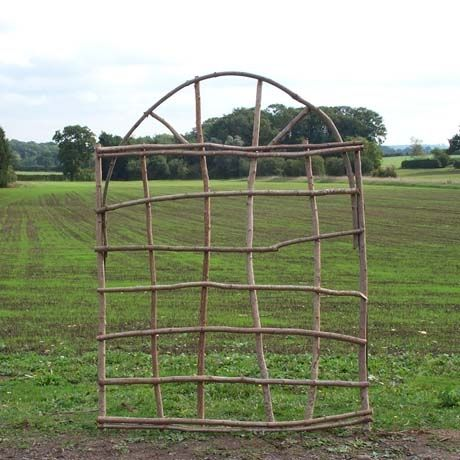 Rounded Trellis from Natural Branches- need to make for garden!!