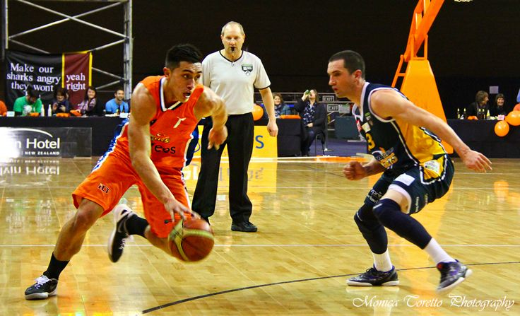 Southland Sharks' Reuben Te Rangi about to scoot past an Otago Nugget player .... Stadium Southland, June 21, 2013. Southland Sharks v Otago Nuggets. Southland Sharks 115 - 67 Otago Nuggets.