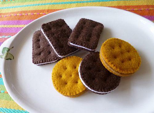 : Felt play food - Biscuits by adline✿makes, via Flickr