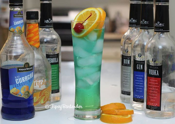 Blue Frog Cocktail - For more delicious recipes and drinks, visit us here: www.tipsybartender.com