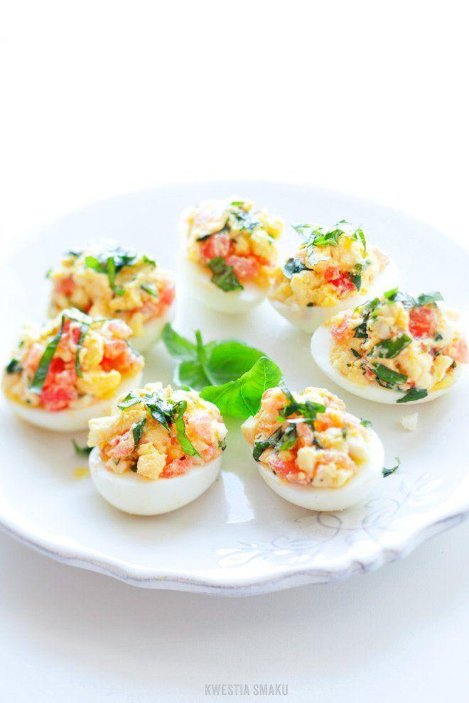 Jajka faszerowane Caprese