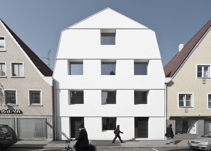 KE 12 Townhouse by SoHo Architektur