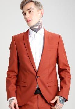 Rossetto rosso e abito blu 3gl