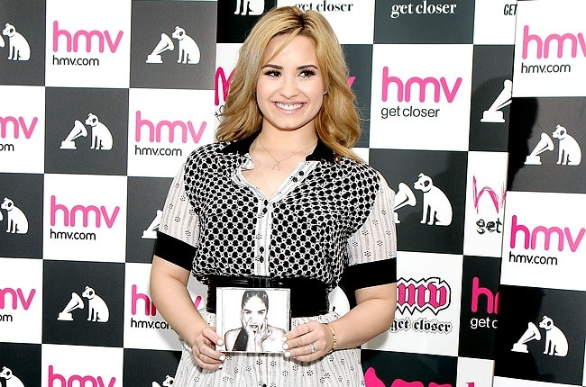 Demi Lovato Meets Her Fans And Signs Copies Of Her Album DEMI In London