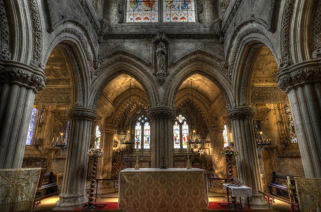 Rosslyn Chapel Altar by Vic Sharp, via Flickr