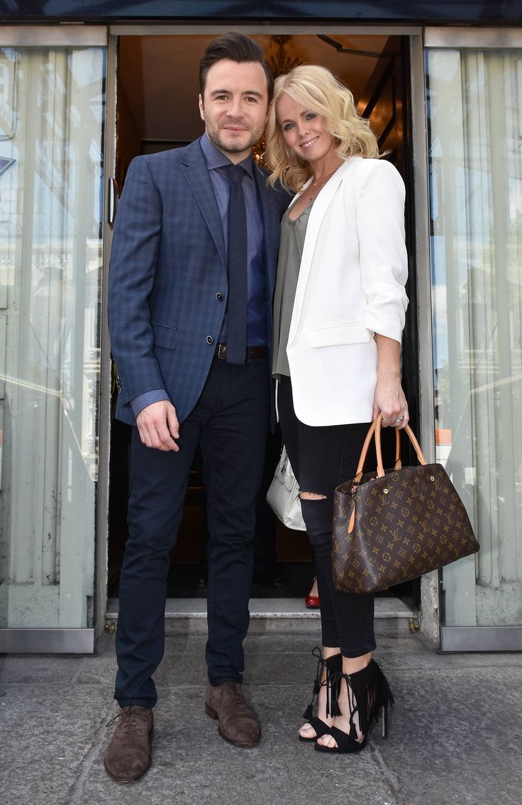 Shane Filan and beautiful wife Gillan made a public appearance together yesterday. The singer was a guest on 'Pat Kenny In The Round' recorded at The Mansion House, Dublin. The couple are not often photographed together but looked the picture of happiness while posing for photographers. With her hair in loose waves, Gillian looked effortlessly …