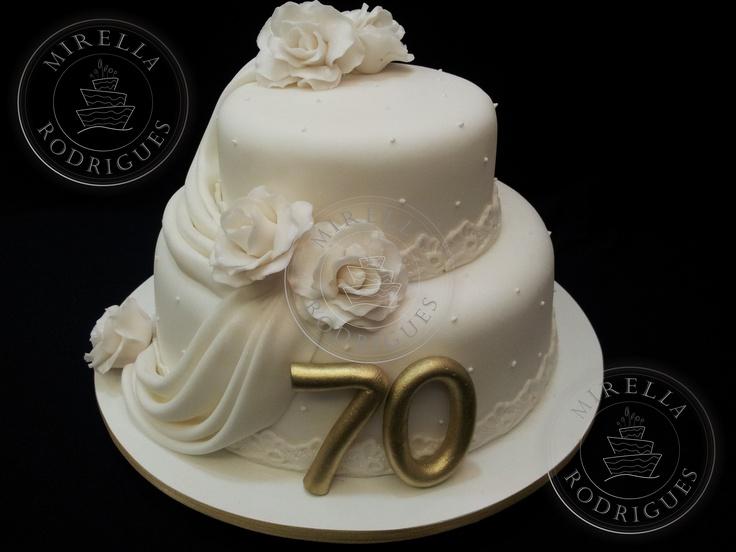 Bolo de aniversário de 70 anos