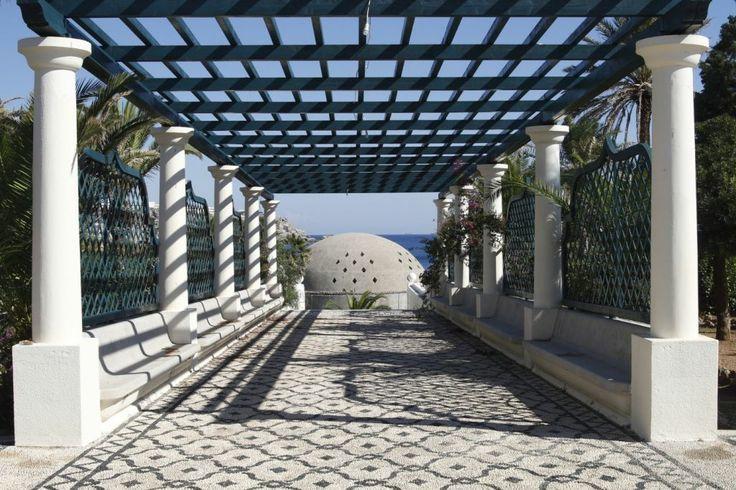 Kalithea-Springs-entrance