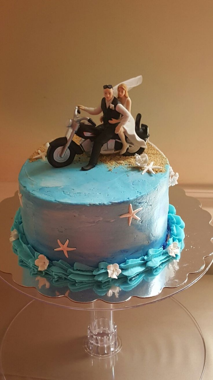 motorbike wedding cake and biker themed wedding cake motorcycle 17597